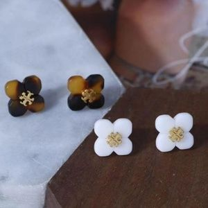 Tory Burch Stud Flower Earings